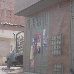 Tienda Calle 40 con 99A en Bogotá