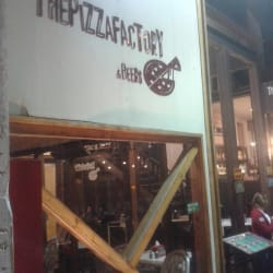 The Pizza Factory - Patio Bellavista en Santiago