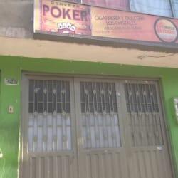 Cigarreria y Dulceria Los Cristales en Bogotá