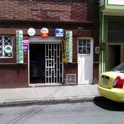 Papeleria Calle 77 con 68H en Bogotá