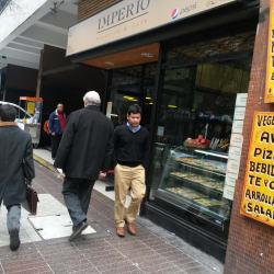 Imperio Sandwich y Café en Santiago