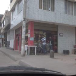Tienda Calle 40B con 86D en Bogotá