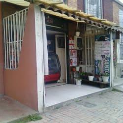 Salsamentaria Carrera 3 Este con 26 en Bogotá