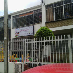 Jardin Infantil Acunar Lugar de Recreo en Bogotá
