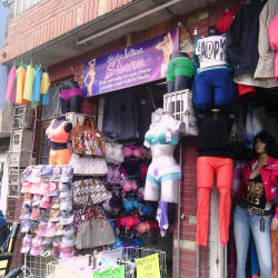 Moda Intima Sharon en Bogotá