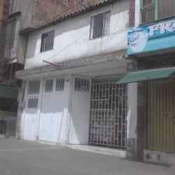 Tienda Calle 42F con 86C en Bogotá