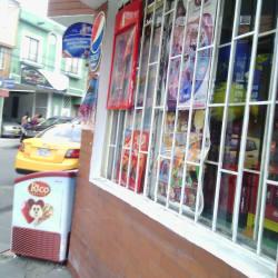 Tienda Carrera 58B con 128B en Bogotá