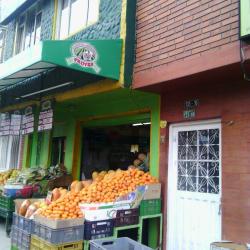 Fruver La Cosecha Campesina Carrera 59 en Bogotá