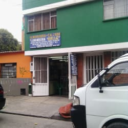 Renovadora de Calzado y Lavanderia Huellaz en Bogotá