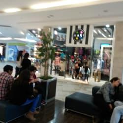 Maui & Sons - Mall Plaza Sur en Santiago