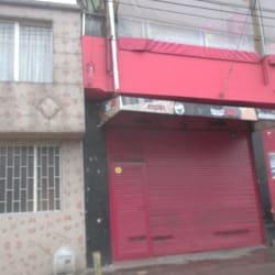 Cigarrería Calle 8 en Bogotá