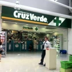 Farmacias Cruz Verde - Tottus Vicuña Mackenna en Santiago
