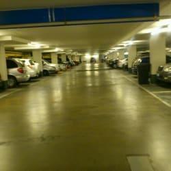 Estacionamientos Plaza Ñuñoa en Santiago