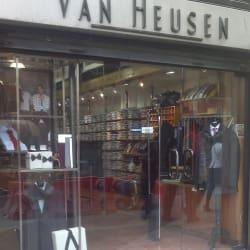 Van Heusen - Apumanque en Santiago