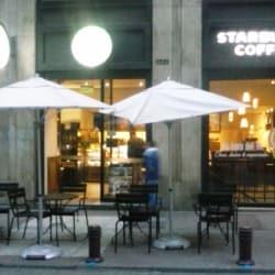 Starbucks - Huérfanos en Santiago