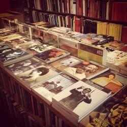 Librería Catalonia - Drugstore en Santiago