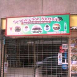 La Caverna del Sandwichon Norteño en Santiago