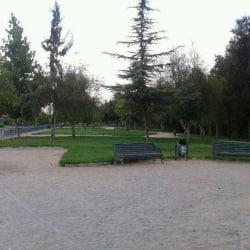 Plaza Villa Las Perdices en Santiago