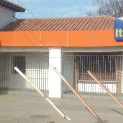 Banco Itau - La Dehesa en Santiago