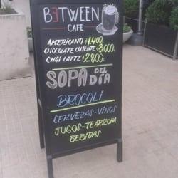 Between Café en Santiago