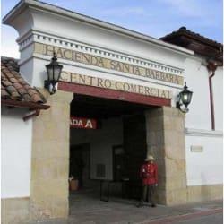 Centro Comercial Hacienda Santa Bárbara en Bogotá