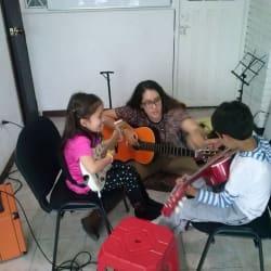 Escuela de Música La Academia en Bogotá