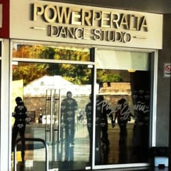 Escuela de Danza Power Peralta en Santiago