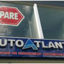Academia de Automovilismo Atlanta en Bogotá
