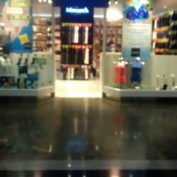 Monarch - Mall Alto Las Condes en Santiago