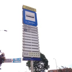 Paradero SITP Titán Plaza - 211A03 en Bogotá