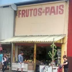 Frutos del País en Santiago