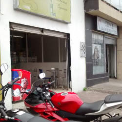 Cedro Colina Cigarreria en Bogotá