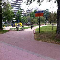 Plaza Raúl Deves en Santiago