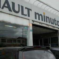 Renault Minuto Carroceria Calle 138 en Bogotá
