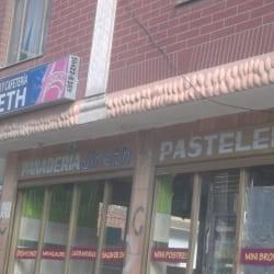 Panadería y Cafetería Jireth  en Bogotá