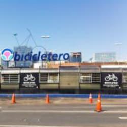 Biciestacionamiento MallParque Arauco en Santiago