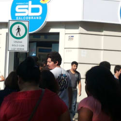 Farmacia Salcobrand - Providencia / Suecia en Santiago