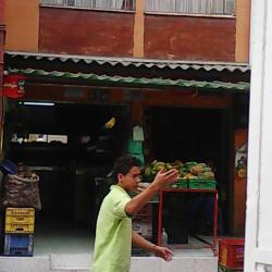 Supermercado de Barrio Carrera 4 en Bogotá