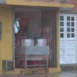 Tamales Carrera 17F en Bogotá