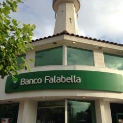 Banco Falabella Apoquindo Av. Las Condes en Santiago