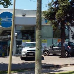 Farmacias Salcobrand - Las Condes 8231 en Santiago