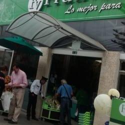 Frutiver 1A Calle 140 con 11 en Bogotá