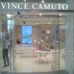 Vince Camuto - Casa Costanera en Santiago