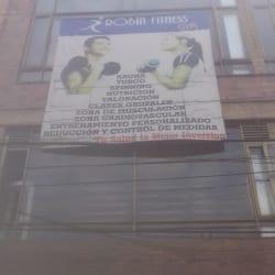 Robin Fitnes Gym Galán en Bogotá