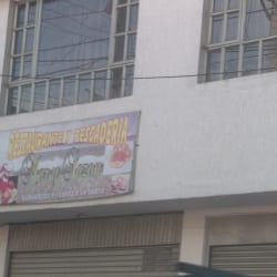 Restaurante y Pescaderia Mary Sazon en Bogotá