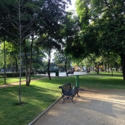Plaza República del Paraguay en Santiago