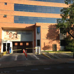 Centro Médico UC San Jorge en Santiago