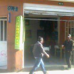 Cigarreria en la 13 Con 80A en Bogotá