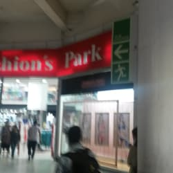 Fashion's Park - Mall Paseo Estación en Santiago