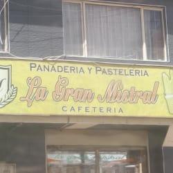 Panadería Y Pastelería La Gran Mistral en Bogotá